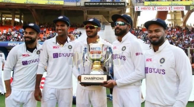 நிறைய இளம் வீரர்கள் இருந்தாலும் சுரேஷ் ரெய்னாவுக்கு ரொம்ப பிடித்த 2 இளம் வீரர் இவர்கள்தான் ! 3